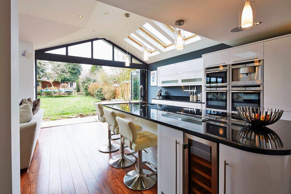 BI-FOLD Doors Crawley